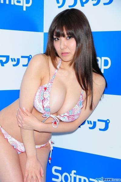 【グラビアアイドル】花井美理(美里)ちゃんのはちきれんばかりのおっぱいがエロすぐる【Iカップ】