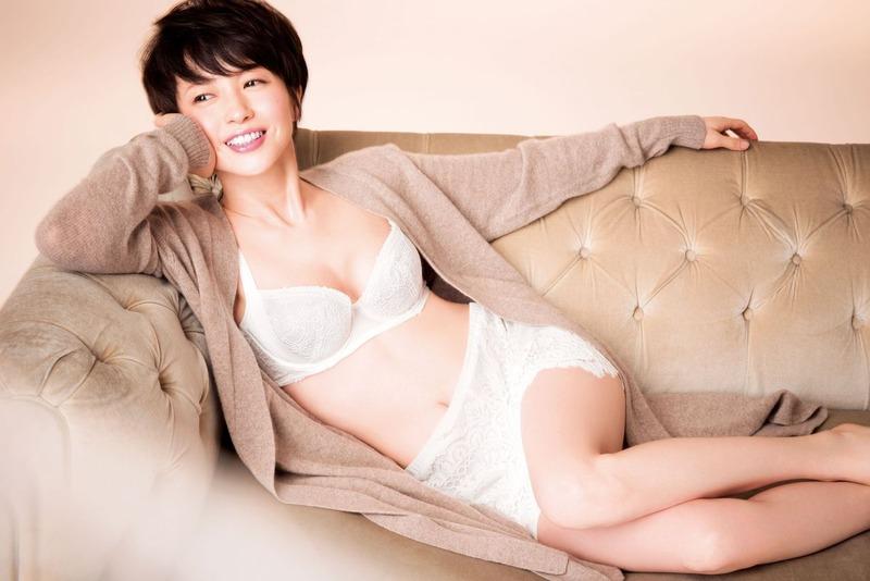 【女優】三浦理恵子(42)の成熟したボディwwwぜひ毎晩お相手お願いしたいwwww【最高】