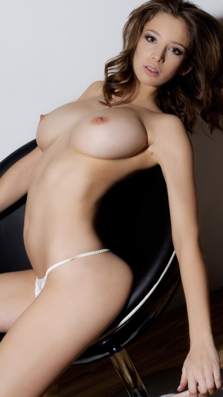 「白人美女>>>>>>>>>日本人」まだまだ差を感じる美巨乳おっぱいwwwwww(画像あり)