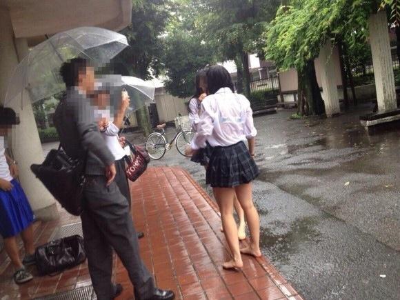 透けブラってエロい…雨とかまじ神だよなwwwwww(素人盗撮画像あり)