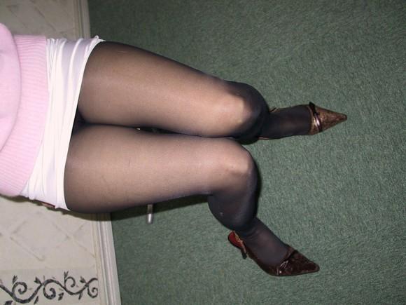 【パンスト】年中無休で履いてもらいたい黒パンストのフェチエロ画像wwwww