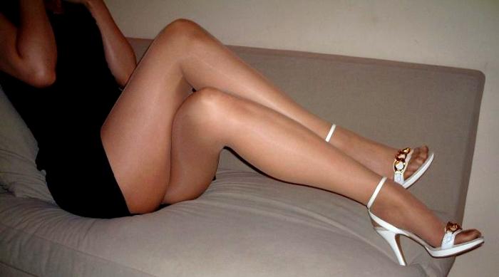 痴女っ気が半端ない美脚お姉さんに誘惑されてみたい件wwwww(画像あり)