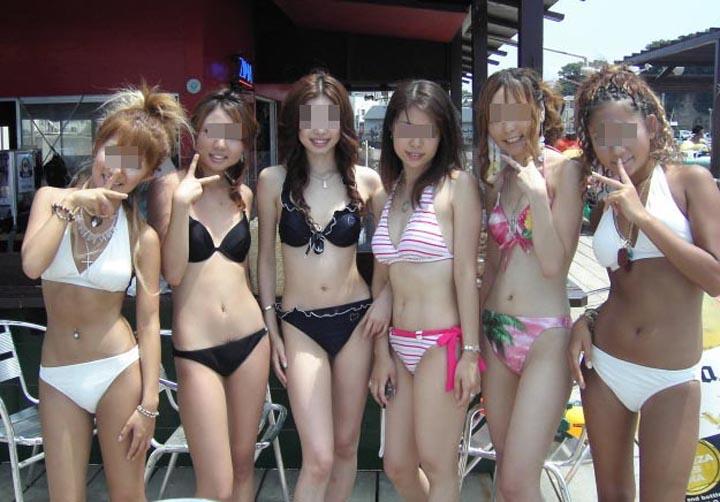 ワイの女友達のFacebookに上がる水着エロ画像を集めてうpしてみたwwwwww