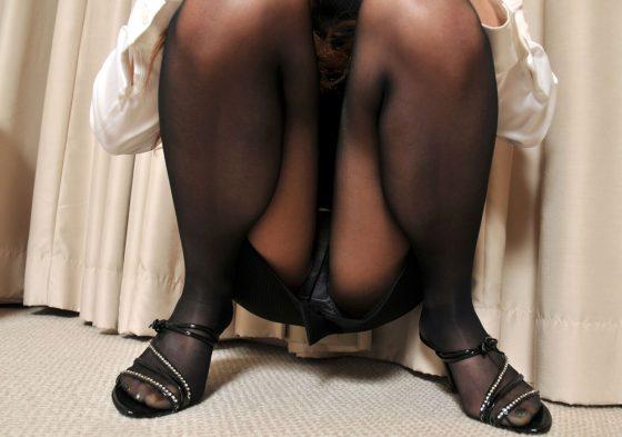暖かくなってきたが黒タイツを普及したいwwww 最高にエロイなこいつは・・wwww