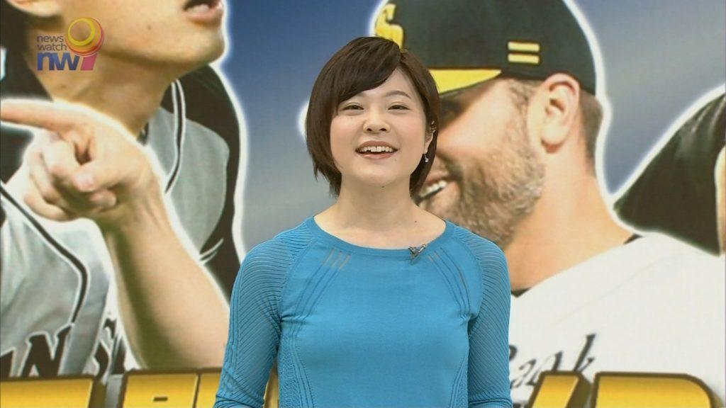 佐々木彩アナのおっぱいが気になってスポーツニュースが頭に入らないwww