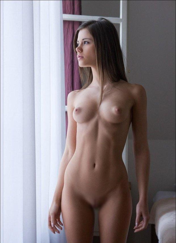 モデル体型の外国人!美乳おっぱいもエロいし死ぬまでに一度抱きたいwwwww(画像あり)