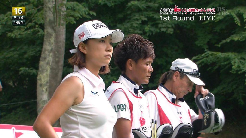 やっぱり女子ゴルフはエロいよなwwwパンチラいっぱいだぞwww