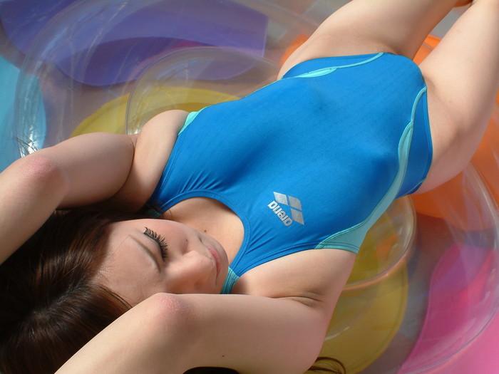 抜きたいときは鉄板!競泳水着女子のエロ画像wwwww