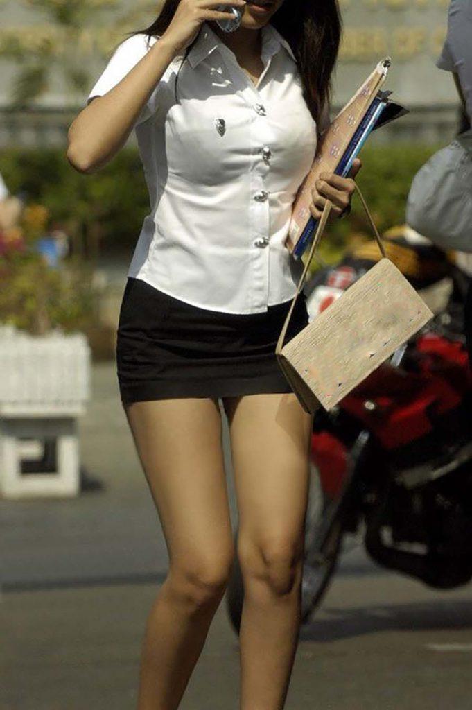 タイの女子大生の制服が日本のOLみたいでかなりエロいwwwwww(画像あり)