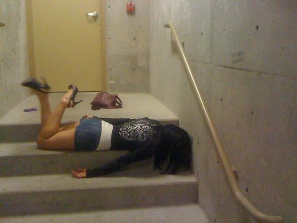 酔っぱらい女子の黒歴史をまとめた素人エロ画像36枚