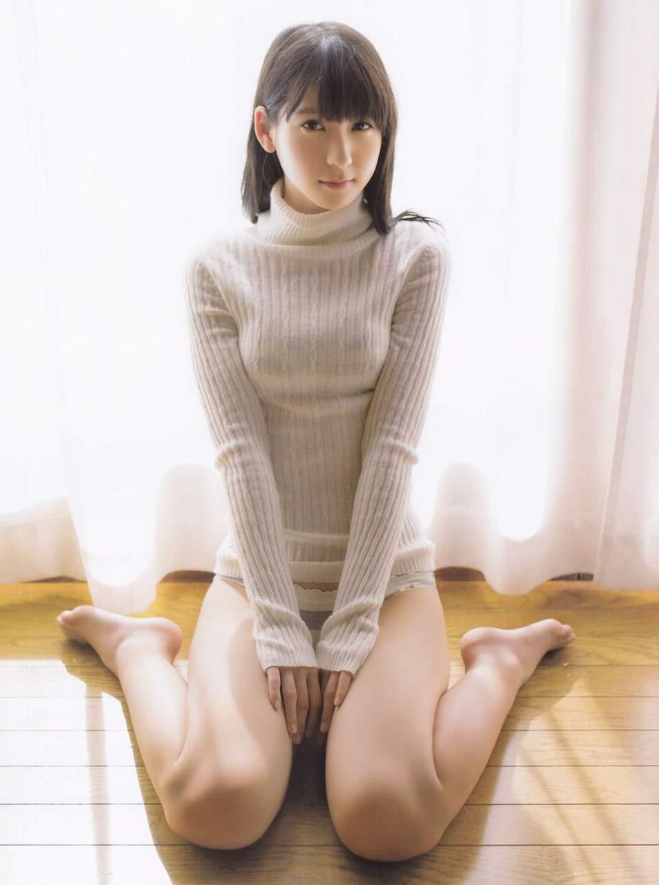 女の子座り エロ画像40枚!こんな姿でお出迎えされたらSEX不可避www