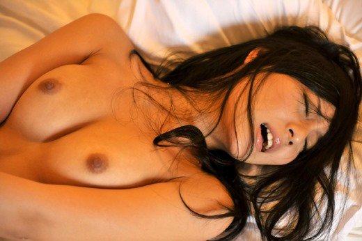 SEX中はエロく見える女の絶叫アヘ顔エロ画像22枚