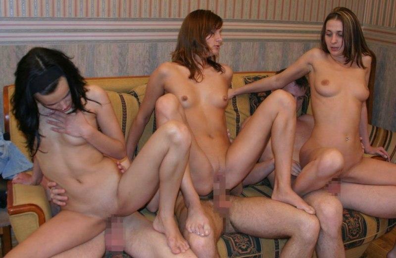 外人の大迫力乱交セックスエロ画像21枚