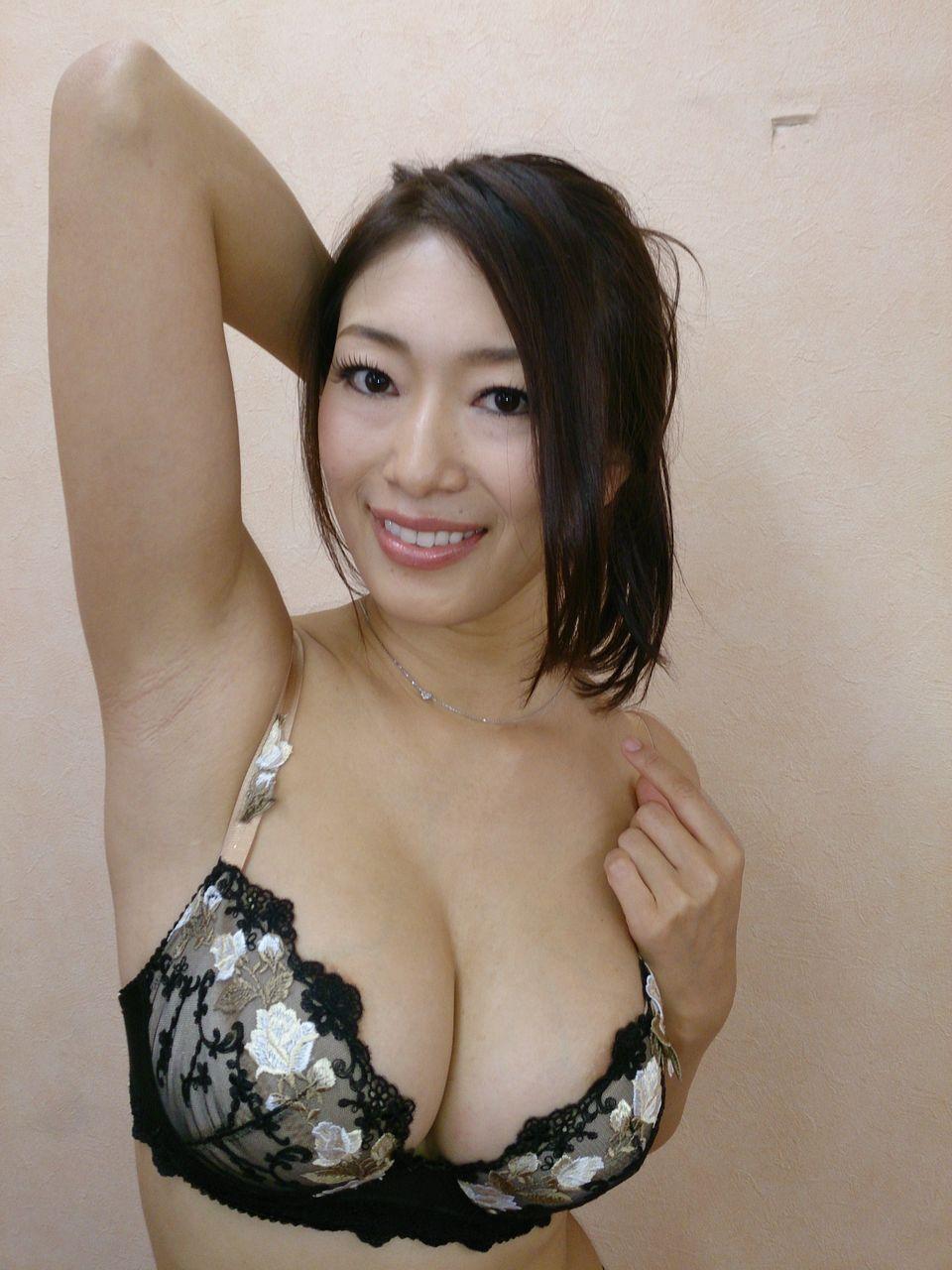 大当たりレベルの美熟女エロ画像25枚