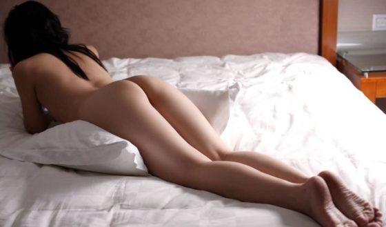 寝ている女のお尻が抜ける!プリケツエロ画像30枚
