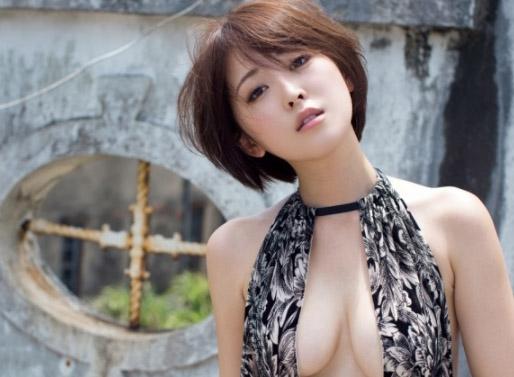 現役女子大生・RQ!忍野さら(22)の厳選エロ画像50枚